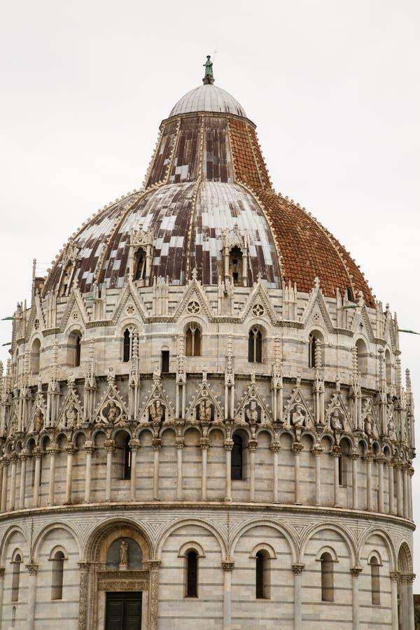 Tetto Della Chiesa Di Pisa Vecchio E Nuovo Fotografia ...