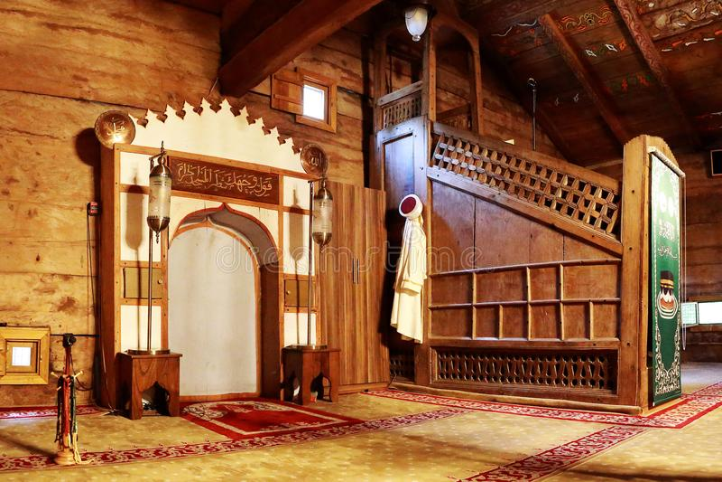 Tetto della moschea 'Civisiz` di legno interno 'Gogceli camii' a Samsun, Turchia fotografia stock libera da diritti