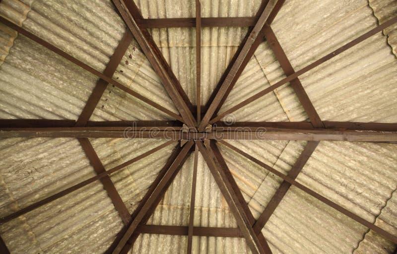 Tetto di esagono del padiglione fotografia stock for Inquadratura del tetto del padiglione