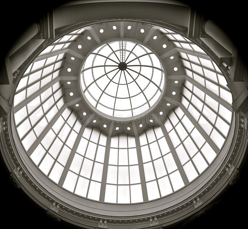 Tetto di vetro a cupola fotografie stock libere da diritti