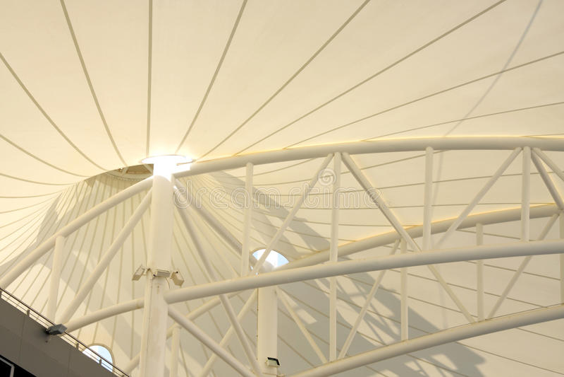 Tetto in modo bello progettato della tribuna in BIC fotografia stock