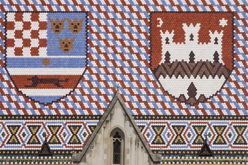 Tetto variopinto della chiesa di St Mark a Zagabria immagini stock libere da diritti