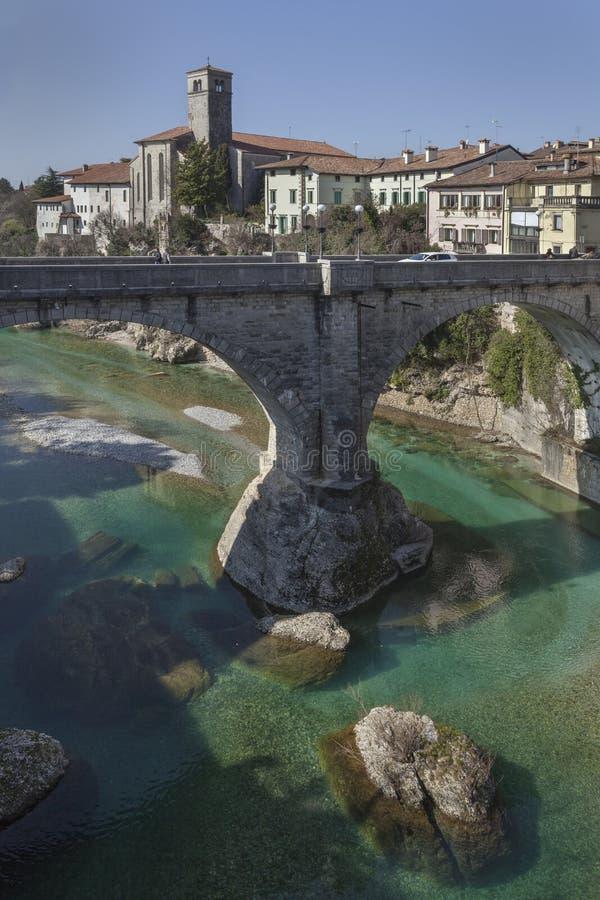 Teufel ` s Brücke in Cividale lizenzfreie stockfotografie