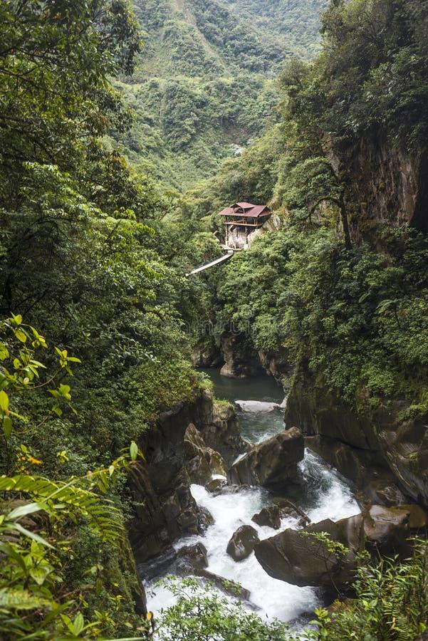 Teufel ` S Wasserfall Großen Kessels In Den Anden - Dem Banos ...