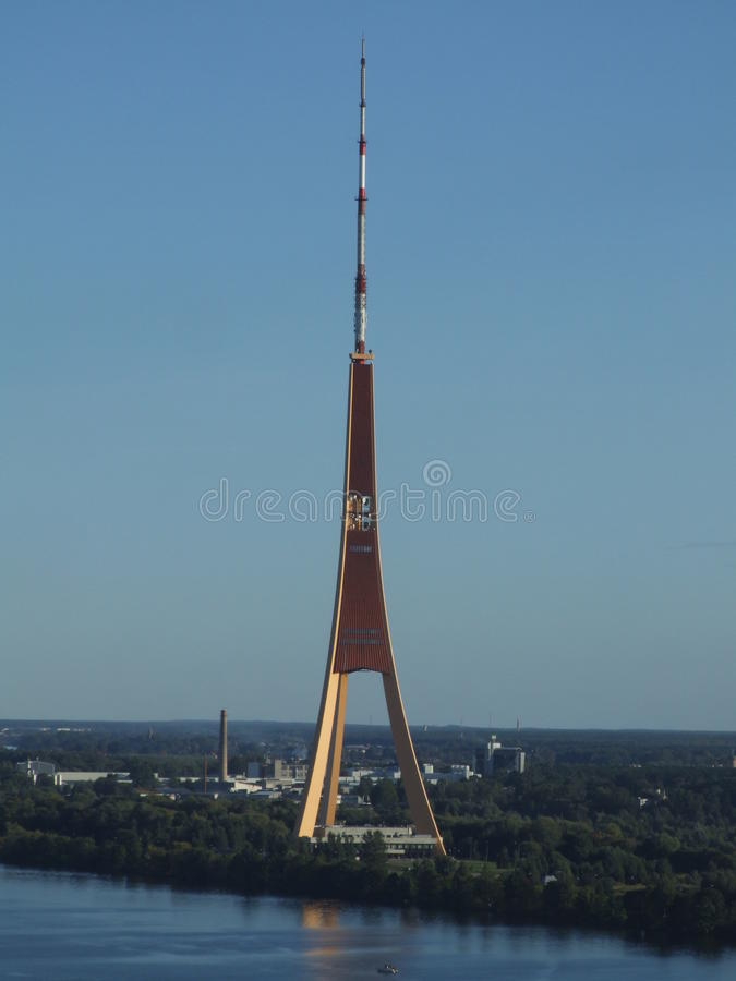 Tevê-torre em Riga, Latvia imagens de stock