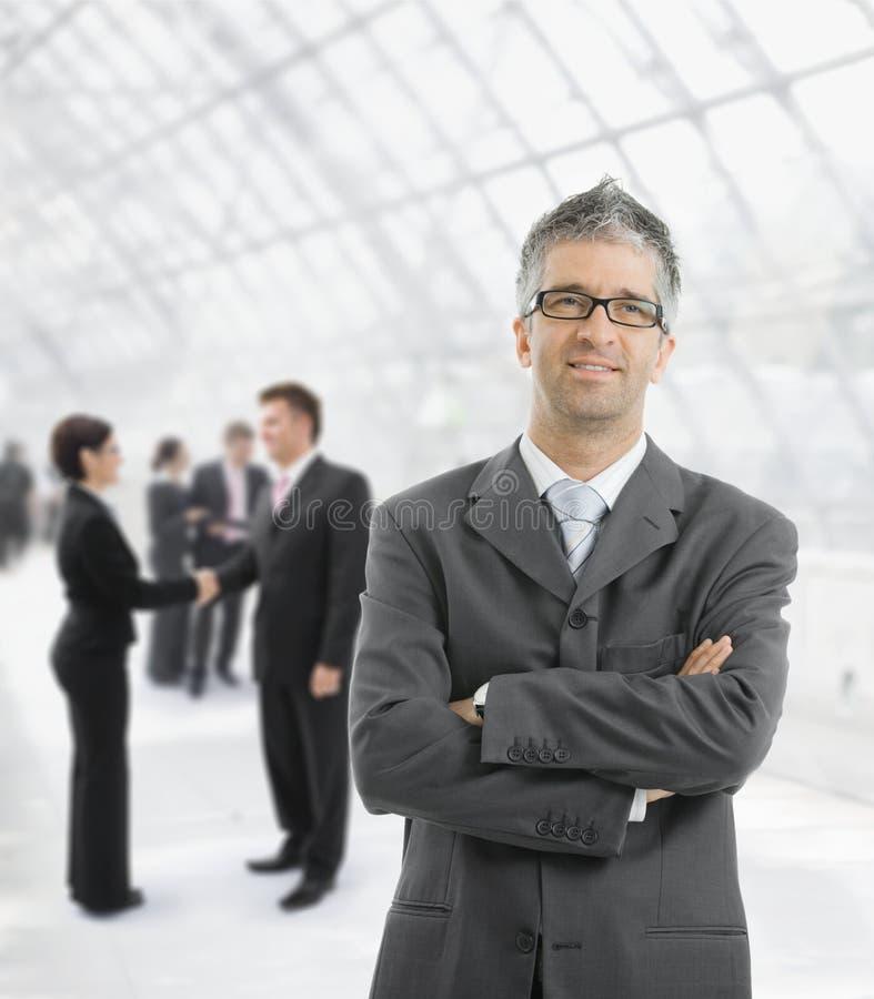 Tevreden zakenman stock fotografie