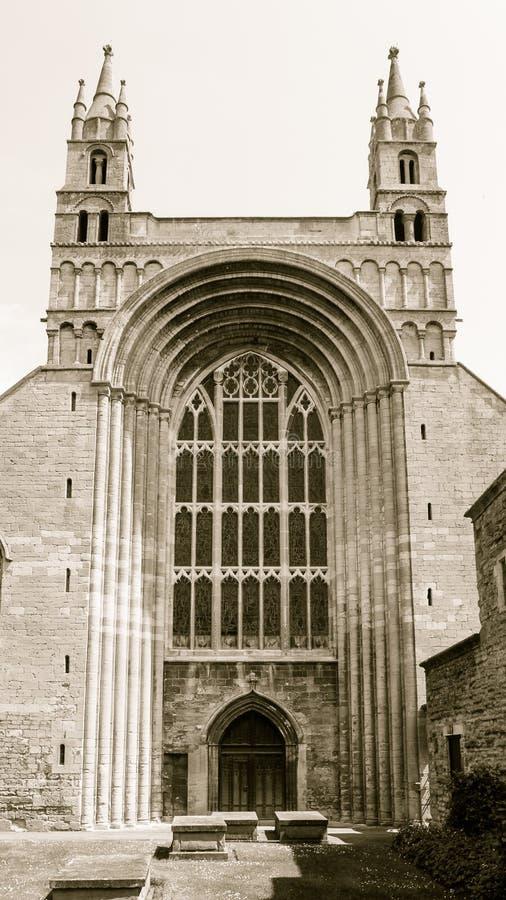Tewkesbury Abbey Norman Arch fotografering för bildbyråer