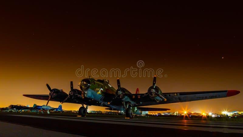 Texas Raiders för ` för B--17Gflygfästning `, royaltyfri foto