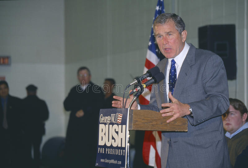 Texas-Regler George W Bush kämpft für die 2000 Republikaner-Ernennung zum Präsidenten in Londonderry, New Hampshire, vor stockfoto