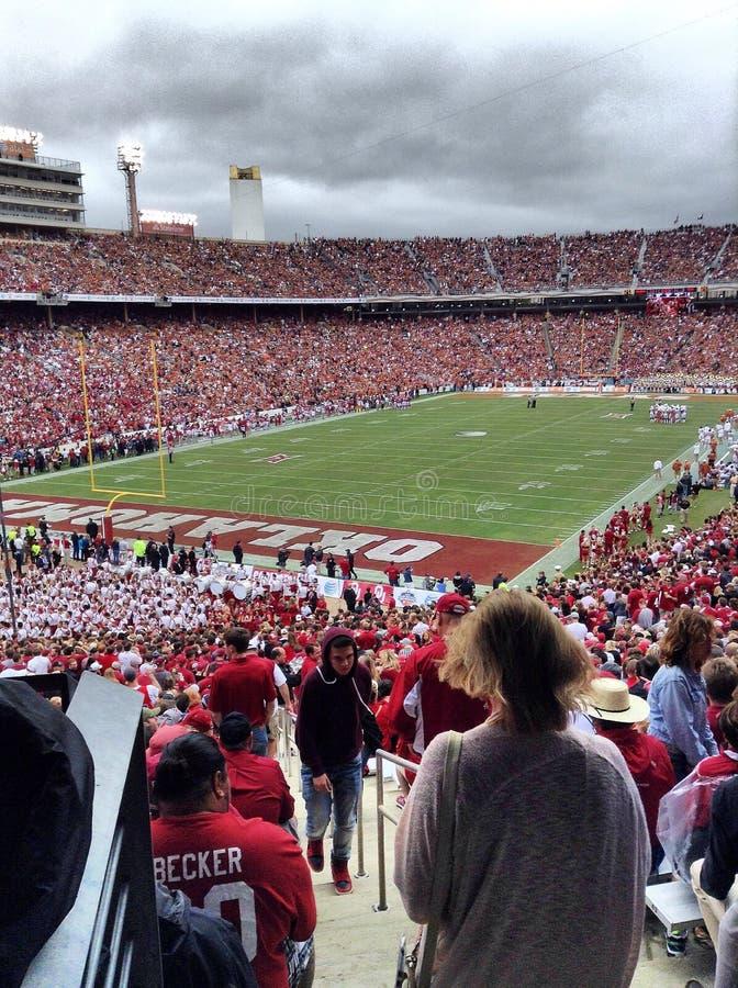 Texas tegenover het spel 2014 van Oklahoma stock foto