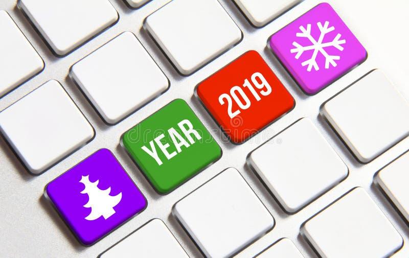Text des neuen Jahres 2019 auf der Tastatur Neues Jahr ist der erste Tag des Jahres im Gregorianischen Kalender lizenzfreies stockfoto