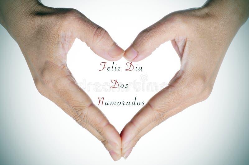 Text Feliz Dia Dos Namorados, no português, para o feriado para imagem de stock royalty free