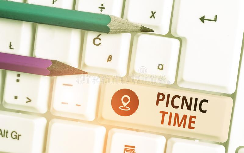 Text sign showing Picnic Time. Conceptual photo period where meal taken outdoors as part of an excursion. royalty free stock photos