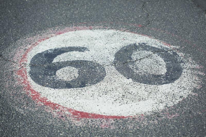 texte 60 dans la route image stock