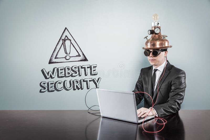 Download Texte De Sécurité De Site Web Avec L'homme D'affaires De Vintage Utilisant L'ordinateur Portable Image stock - Image du corporate, gestionnaire: 77151473