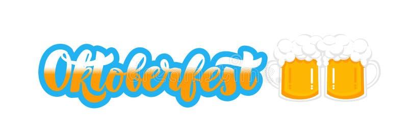Texte manuscrit d'Oktoberfest de festival de bière de Munich avec les tasses plates de style de bière Affiche, bannière, logo, si illustration libre de droits