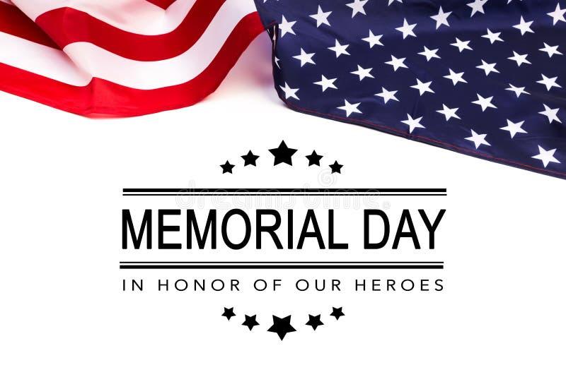 Texte Memorial Day sur le fond de drapeau am?ricain photo libre de droits