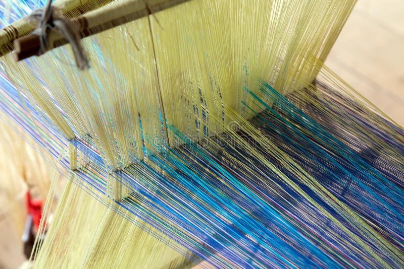 Textiel van het het werk de eigengemaakte weefgetouw royalty-vrije stock afbeelding