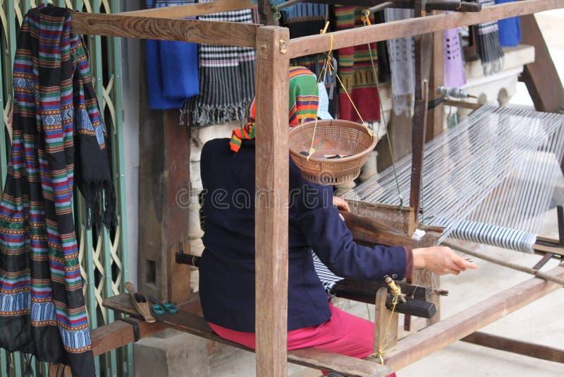 Textiel Wevend Weefgetouw stock foto's