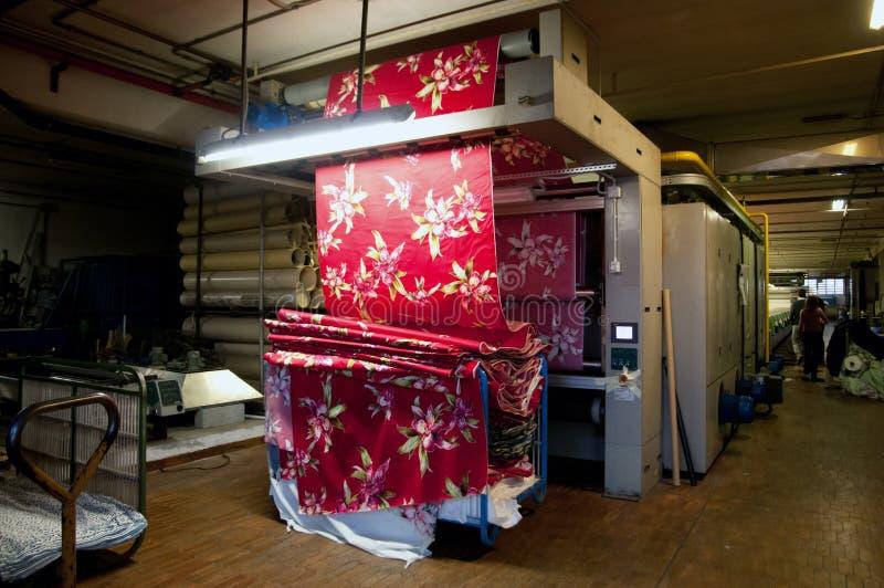 textil för industriväxtprinting arkivfoto