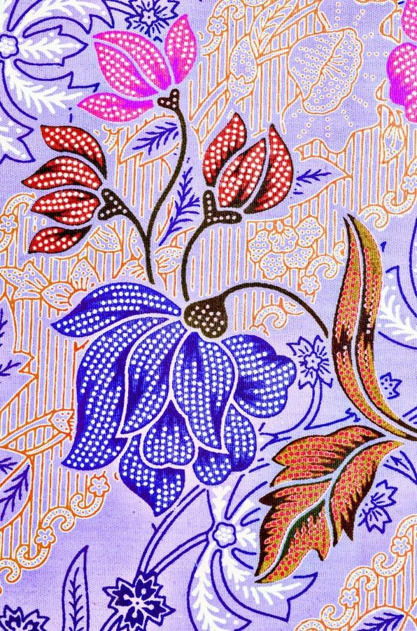 Textile lumineux abstrait dans le batik& x27 ; technique de s image libre de droits