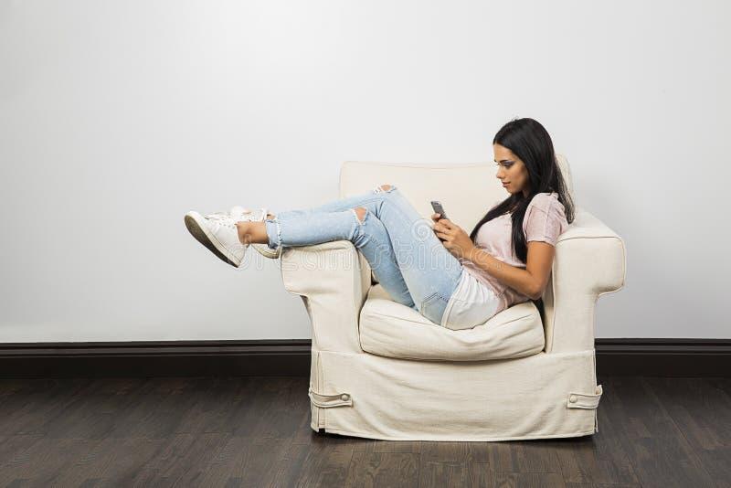 Texting op de laag royalty-vrije stock afbeelding