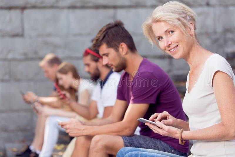Texting przyjaciel obraz royalty free