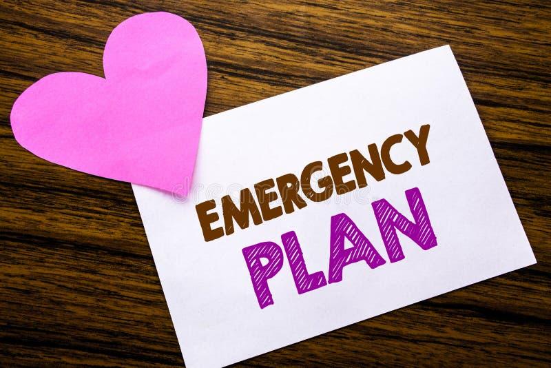 Texto conceptual de la escritura de la mano que muestra plan de emergencia Concepto para la protección del desastre escrita en el imágenes de archivo libres de regalías