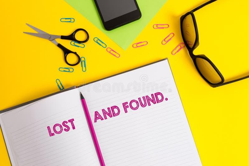 Texto da escrita da palavra perdido e encontrado Conceito do negócio para um lugar onde os artigos perdidos sejam armazenados até fotos de stock