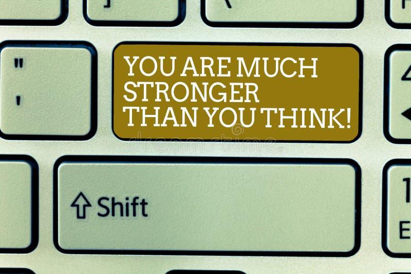 Texto da escrita da palavra você é muito mais forte do que você pensa O conceito do negócio para a motivação acredita no senhor m foto de stock royalty free