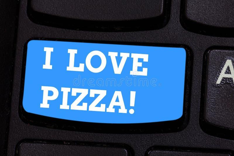 Texto da escrita que escreve eu amo a pizza Significado do conceito para gostar do alimento muito italiano com os pepperoni do pr imagens de stock royalty free