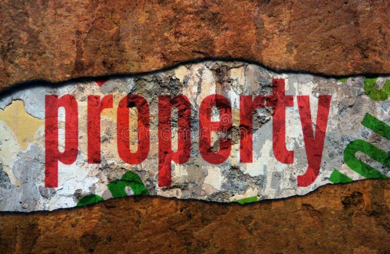 Texto da propriedade na parede foto de stock royalty free