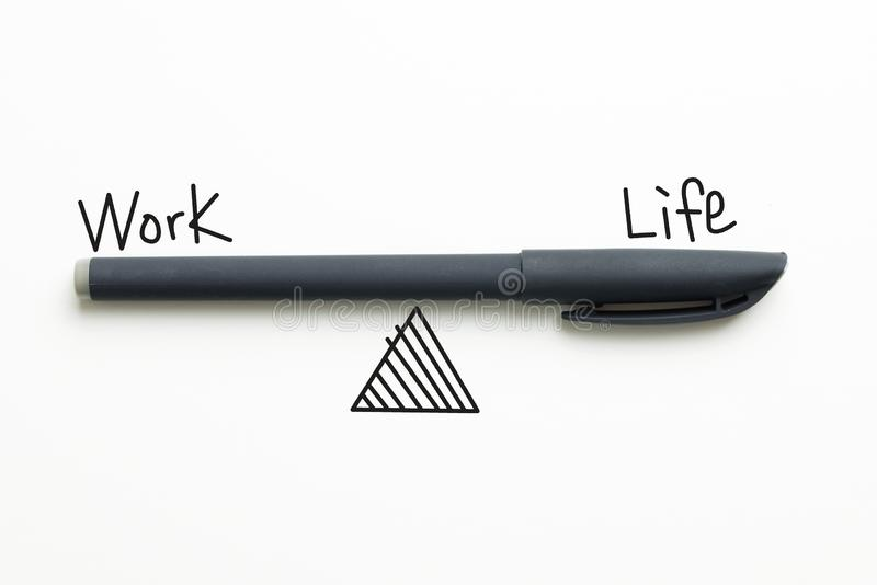 Texto de la balanza de la vida del trabajo imagen de archivo