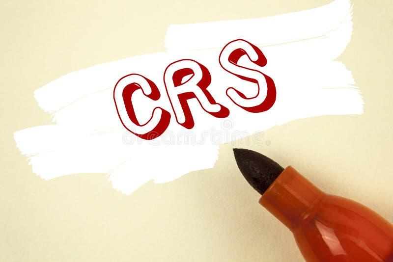 Texto de la escritura que escribe el CRS Concepto que significa el estándar común de la información para compartir la información fotografía de archivo libre de regalías