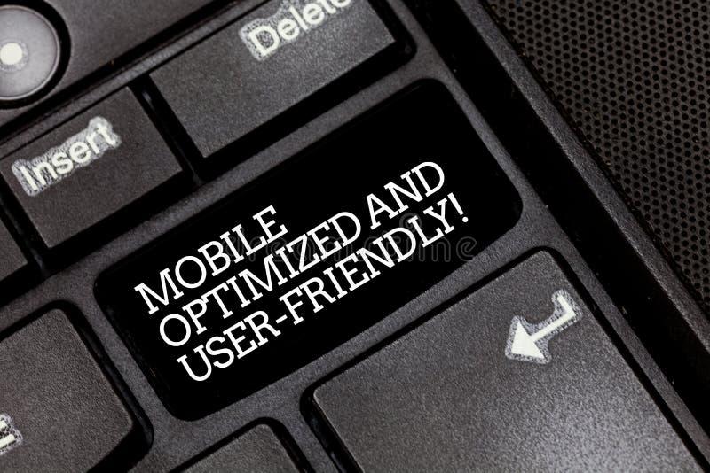 Texto de la escritura que escribe haber optimizado móvil y fácil de usar Servicios de Internet en línea de la web moderna del sig fotografía de archivo