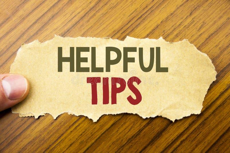 Texto de la escritura que muestra extremidades útiles Concepto del negocio para la ayuda en el FAQ o el consejo, escrito en el do fotos de archivo libres de regalías
