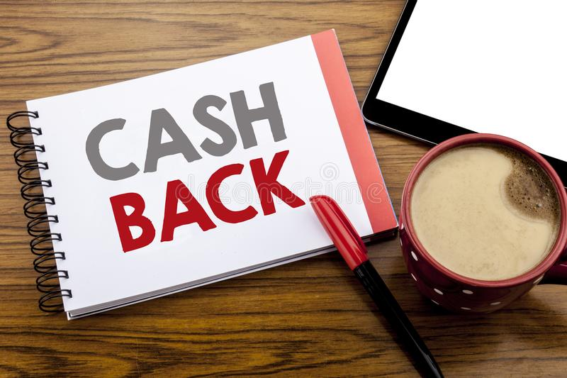 Texto do anúncio da escrita que mostra a dinheiro Cashback traseiro Conceito do negócio para a segurança do dinheiro escrita no p imagem de stock
