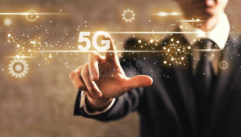 texto 5G com homem de negócios imagens de stock