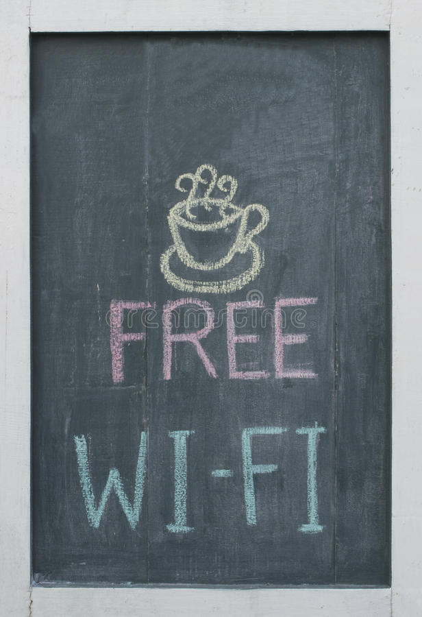 Texto livre do giz de Wi-Fi no quadro-negro foto de stock