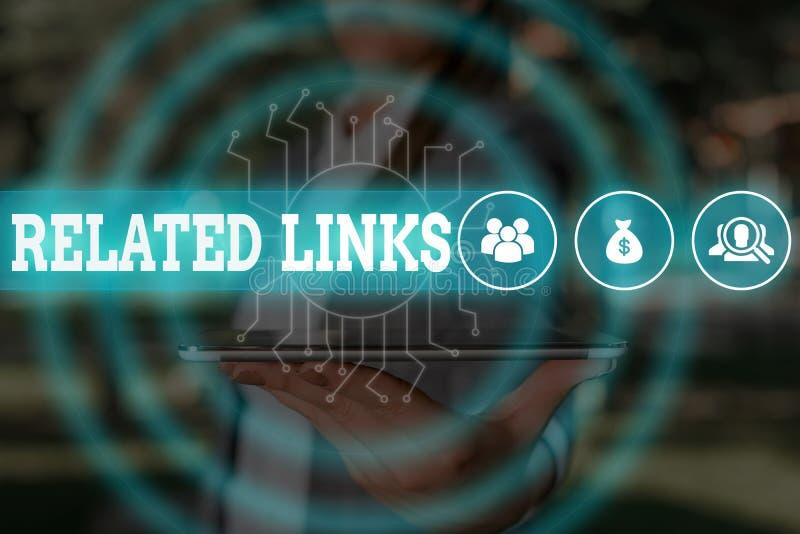 Textschreibtexte zu verwandten Links Geschäftskonzept der Website innerhalb einer Website Querverweise Hotlinks Hyperlinks Frau stockfotografie