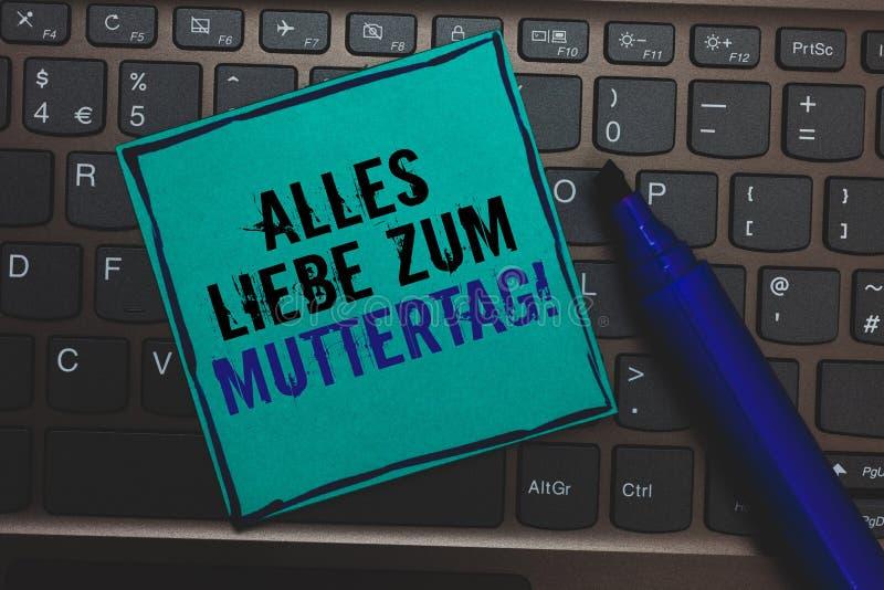 Texttecken som visar Alles Liebe Zum Muttertag Enorm knapp för begreppsmässig för moderdag för foto lycklig för förälskelse affek royaltyfria foton