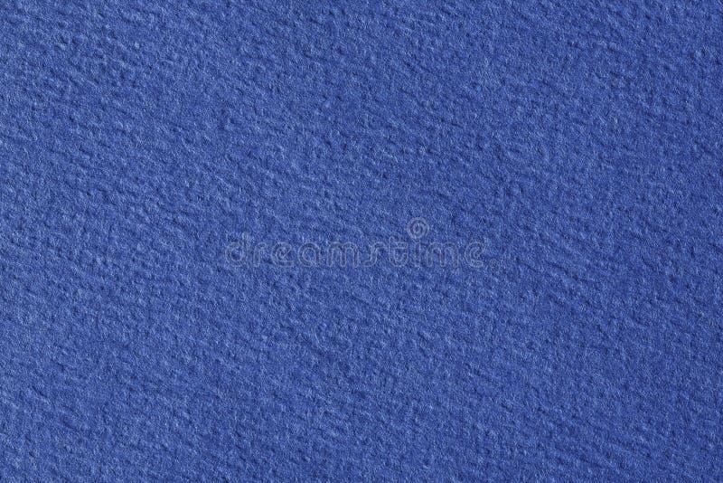 Textur av bl?tt f?rgar ett borstat pappers- ark f?r tomma och rena bakgrunder royaltyfria foton