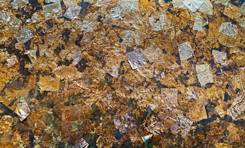 Textur av bladguldbakgrund arkivbild