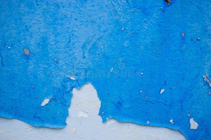 Textur av den gamla smutsiga blåa väggen royaltyfri fotografi