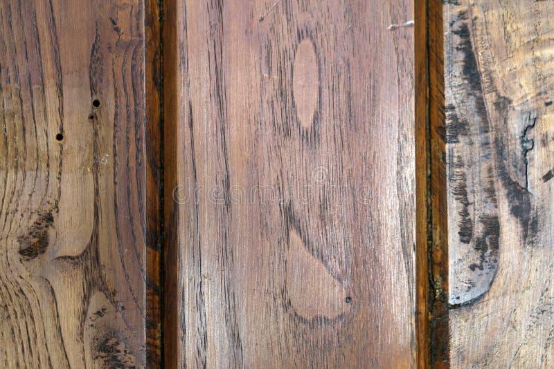 Textur av ett gammalt brunt träplankagolv i en Closeup royaltyfri bild
