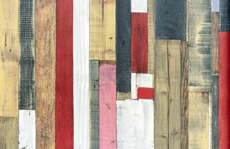 Textur av gamla bräden med målarfärg Kulöra bräden royaltyfri bild