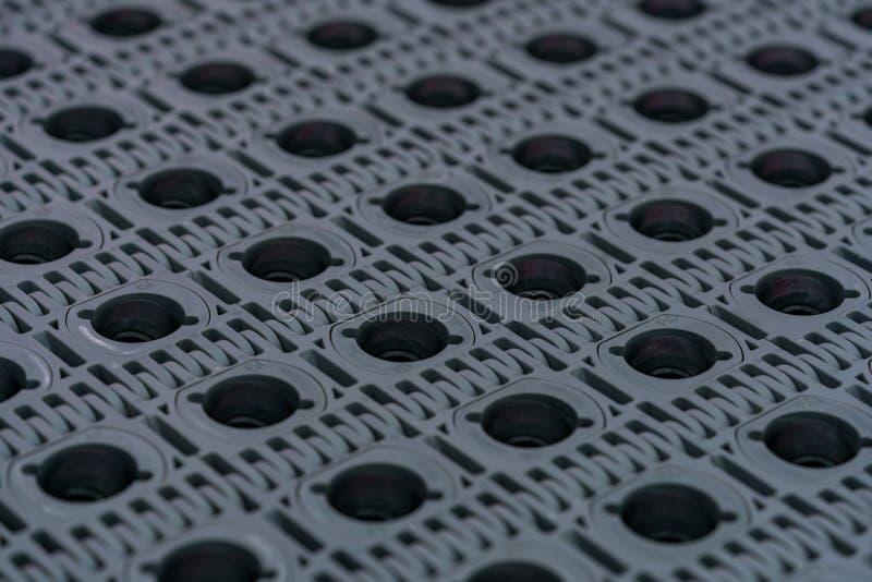 Textur av modultransportbandet med rullen Transportörutrustning Delar för maskin i fabriken Bruk för flyttningprodukt arkivbilder