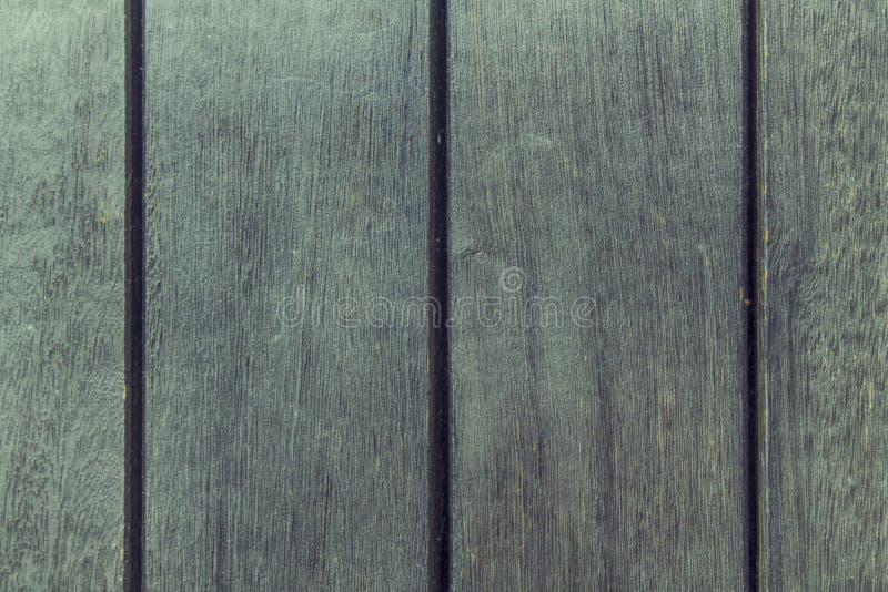 Textura abstracta del fondo del decking de madera con los tablones paralelos con huecos imagenes de archivo