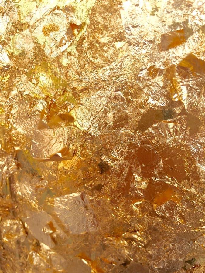 Textura amarilla brillante de la hoja de oro de la hoja imagen de archivo
