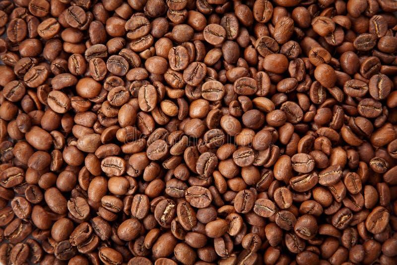 Textura asada de los granos de café Ciérrese encima de la visión, visión superior foto de archivo libre de regalías